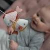 Kép 7/8 - Little Dutch zenélő körforgó natúr fa vázzal - tengeri állatos, pink