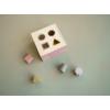 Kép 2/5 - Little Dutch formabedobó kocka - pink
