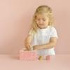 Kép 4/5 - Little Dutch formabedobó kocka - pink