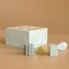 Kép 6/6 - Little Dutch fa formabedobó kocka - olívazöld